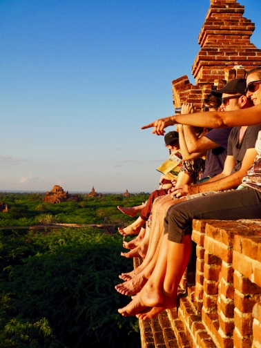 Bagan, Sunset Chasers